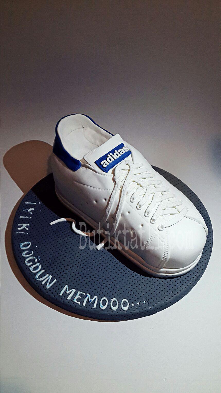 adidas-ayakkab-pasta.jpg